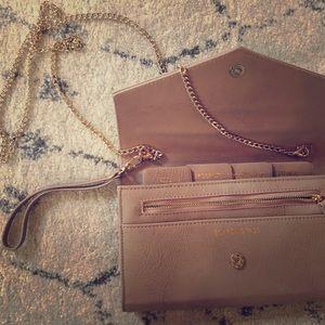 Handbags - Travel clutch bag